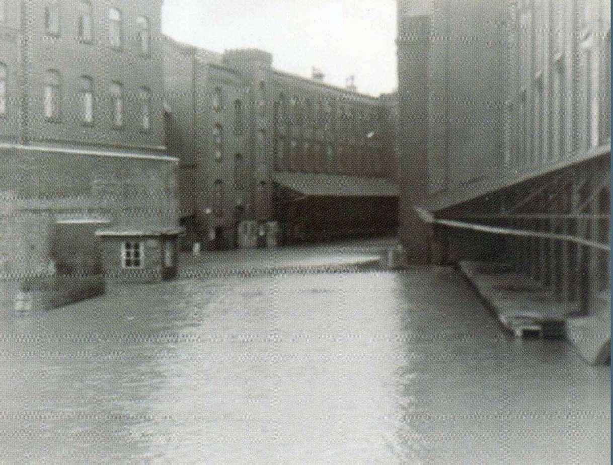Das Hochwasser 1946 betrifft auch das Gelände in Limmer.