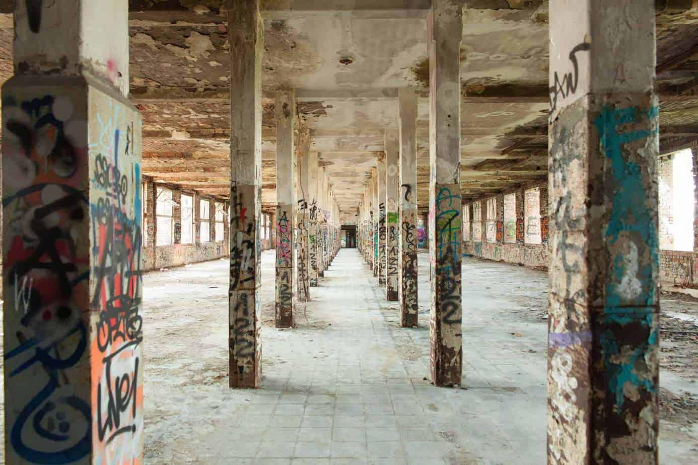 Ein Blick ins Innere der Ruinen.